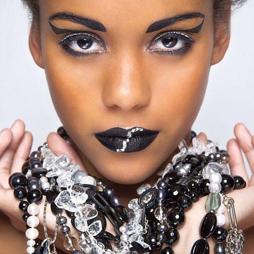 Cleo Europe Luxembourg Makeup Fashionshooting  posing canon beauty photoshooting margamua henridacruz_photography instagram model african_model instanews studio