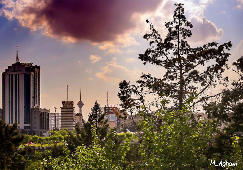Tehran, Iran پل طبیعت تهران برج میلاد