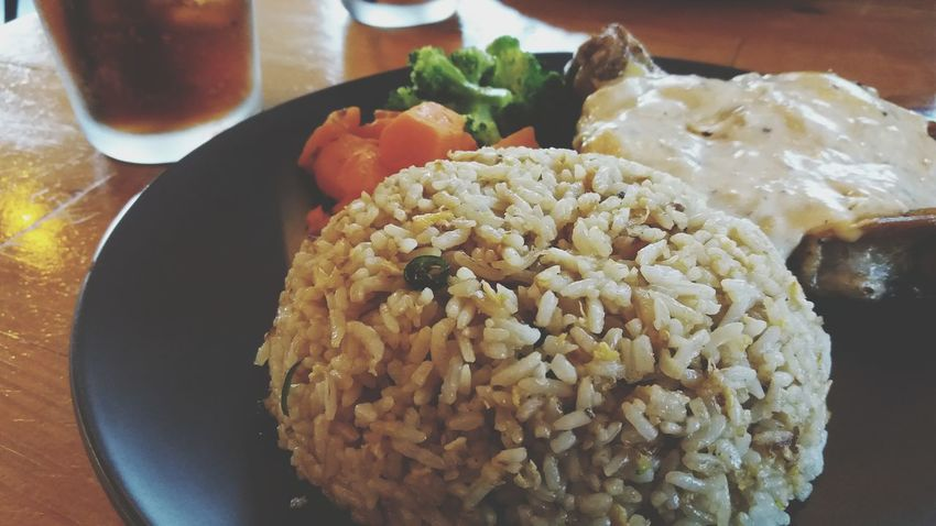 GrilledChicken Mozarellasauce Blanchedveggies Fried Rice Plate Rice - Food Staple Close-up Food And Drink