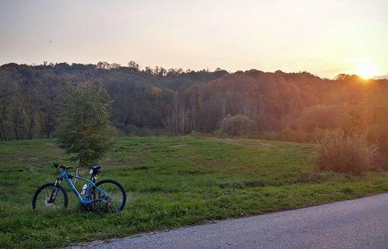 LOVES_BIKES Autum Sunset Croatia Hrvatska Cycling Cubebikes Autumn Varazdin Podravina Biking Motivation Mountainbiking
