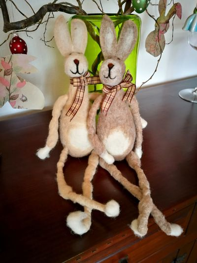 Relaxing easter bunnies... Ostern Osterhase Easter Easter Bunny Bunny  Decoration Deko Dekoration Flower Stuffed Toy Table Figurine  Close-up Rabbit - Animal