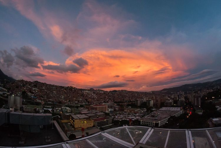 Battle of the Cities sunset in City Petare Favela Atardecer Caracas Battle Of The Cities Venezuela Sunset Landscape EyeEmNewHere