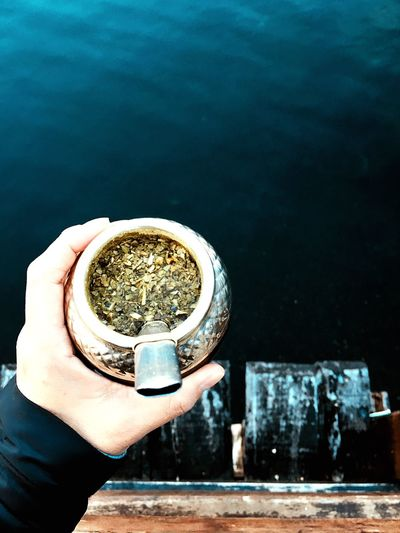 Mate Argentino🇦🇷 Momento De Ocio Lanscape Nature Relax Patagonia Argentina Mate Costumbres Argentinas Hand Human Hand Holding One Person Human Body Part Real People Unrecognizable Person Water Drink