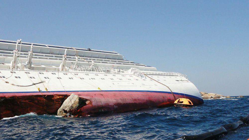 Drowned Costa Concordia Isola Del Giglio Ship Ships