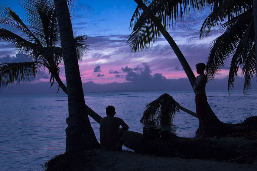 Sunset Sun Blas Islands Adult Adults Only Beach Beauty In Nature Cloud - Sky Dark Horizon Over Water Island Island Life Islandlife Landscape Nature Night Outdoors Palmtrees People Purple Sky Sea Silhouette Sitting Sky Sunset Tree Two People Vacations