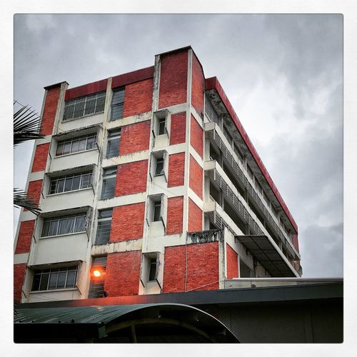 Sky Cloud - Sky Auto Post Production Filter Low Angle View Built Structure Architecture Building Red