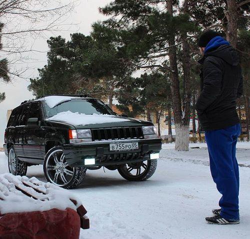Jeepzj Zjlove Jeepgrandcherokeeclub Zjfamily Grandzj Dubstyle Vctwheels R22 Dagestan Kaspiysk Mnsrclub V8 Grandcherokee  ZJ снег парк
