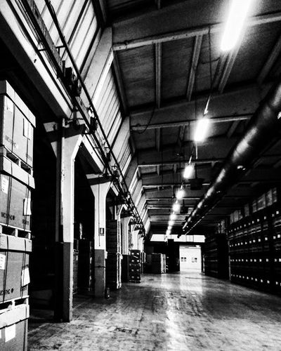 Industrial space ig_asti_ Ig_biancoenero _world_in_bw Dsb_noir Eranoir Bnwitalian  Excellent_bnw Ig_worldbnw Vivobnw Igclub_bnw Loves_noir Igs_bnw Ig_contrast_bnw Masters_in_bnw Top_bnw Tv_pointofview_bnw Loves_united_asti Ig_italia_ Ig_captures Night Featuredmeinstagood Vscosociety Photowall Allshots_ Hot_shotz Phototag_it visualsoflife shadow industrialdesign industrial Piemonte_super_pics