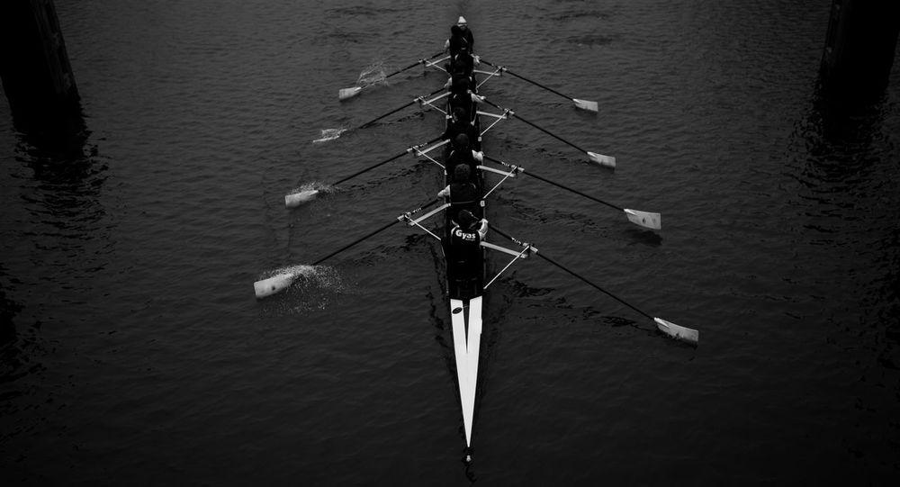 Rowing Rowingboat Eemskanaal Berlagebrug Groningen Showcase: January