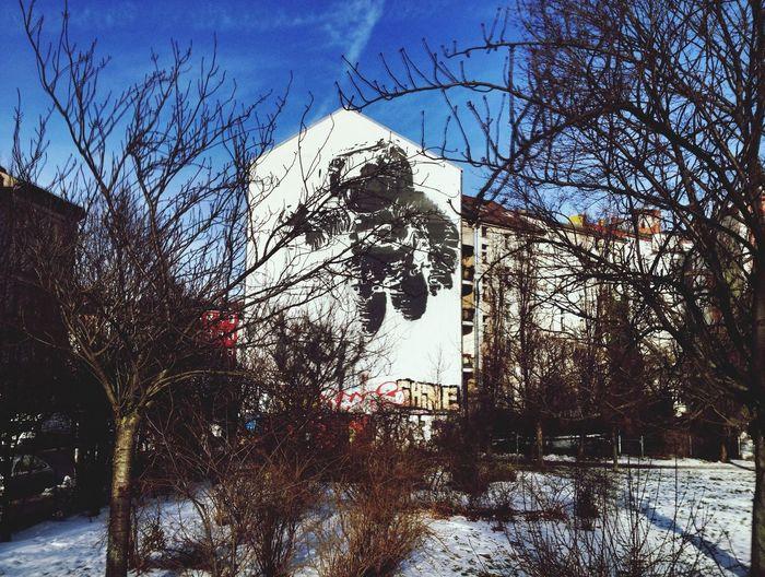 Into the blue Streetart Berlin Mural by Ash (Astronaut)