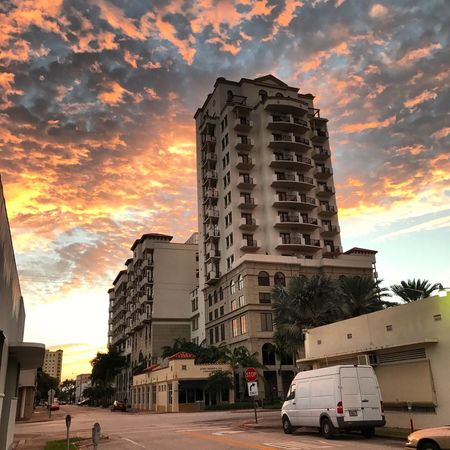 Sunrise Architecture Building Exterior Cloud - Sky Outdoors Skyscraper Outdoor Photography Nature Photography Beauty In Nature EyeEm Nature Lover Symmetry In Nature Cloudy Sky