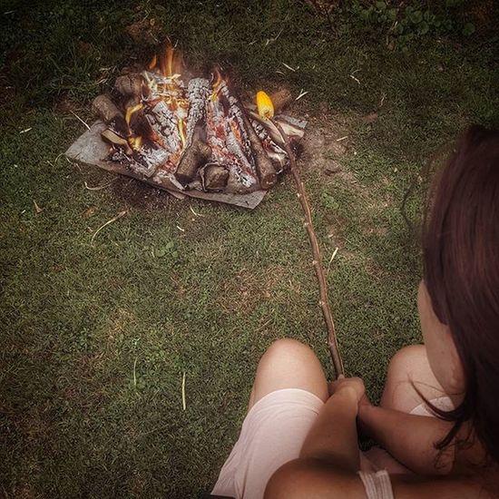 Surreal Alone Aloneinthewoods Barbecue Korn Kornband K0rn Grillthatshit SummerNights Findeme Grillme Slovenija Slovenia Prekmurje