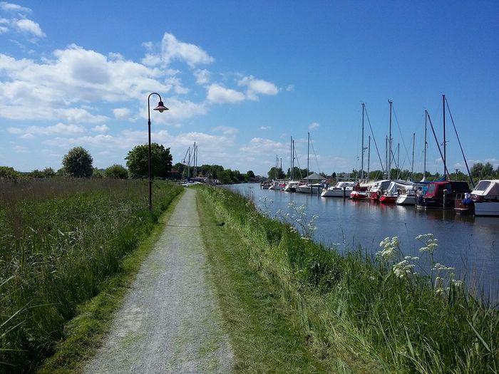 Vareler Hafen. · Varel Germany Friesland Frisia Harbor Boats Lamppost Green Blue Sky Sky And Clouds
