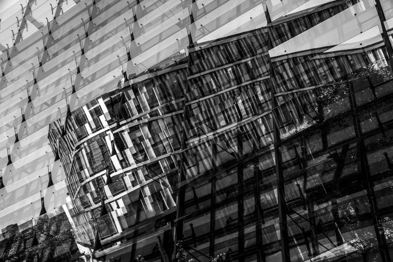Architecture Modern Modern Architecture Reflection Black And White Black And White Photography Building Exterior Building Exterior Architecture Reflect EyeEmNewHere