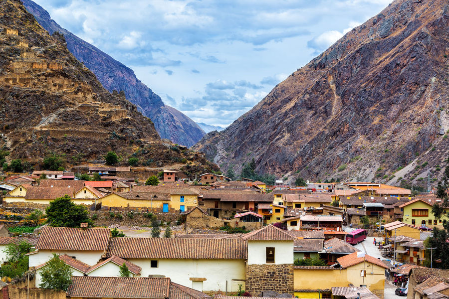 Small town of Ollantaytambo, Peru in the Sacred Valley near Machu Picchu Andes Architecture City Cloud Colorful Cusco Cuzco Fortress House Inca Machu Picchu Mountain Old Ollantaytambo Ollantaytambo - Peru Outdoors Peru Peruvian Pisac Sacred Valley Tourism Tourist Town Travel Valley