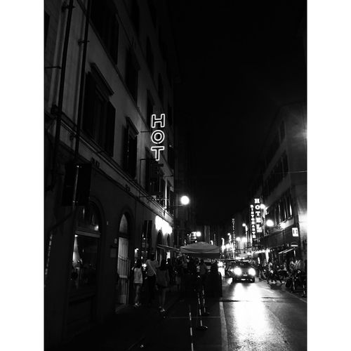HOT** Photo #hot #Hotel Florence Italia Firenze Italy #black  White Street Bw IPhone IPhoneography Goodnight