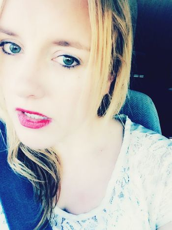A Red Lip Kinda Day- That's Me Portrait Red Lips Woman California Dreamin