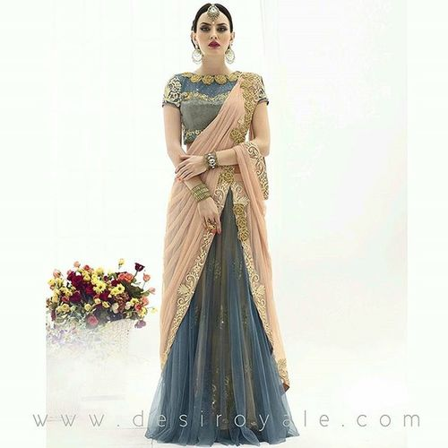 HAPPY HOLIDAYS New collection now available at www.desiroyale.com Desi Wedding Punjabi Picoftheday Photooftheday Shopping Desiweddings Anthropologie Indiansuit Gift Bridal Bride Fashion Saree Christmas Blue Gold Jewellery Necklace Pearl Clutch Clutchbag Art Earrings Zara dress gown bohemian smile gold dress gown