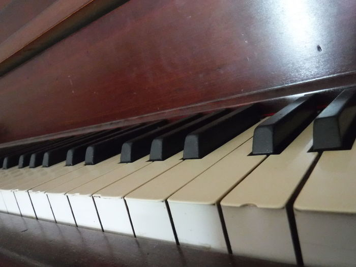 Music Brings Us Together Check This Out Eyeemphoto Close-up Piano Keys Taking Photos Piano Piano Piano Pianoporn Piano Lover Uprightmy Piano Antique Piano Music - a member of our family.