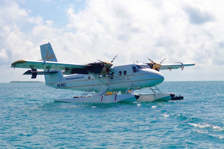 Air Vehicle Transportation Sky Water Airplane Day Outdoors No People Aerospace Industry Seaplane Komandoo