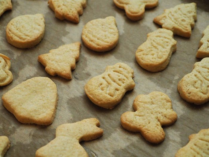 Food Food And Drink Cookie Baked Sweet Food Freshness Still Life Indoors  No People Temptation Close-up High Angle View Indulgence Large Group Of Objects Homemade Heart Shape Backgrounds Shape Preparation  Full Frame Baking Sheet Snack