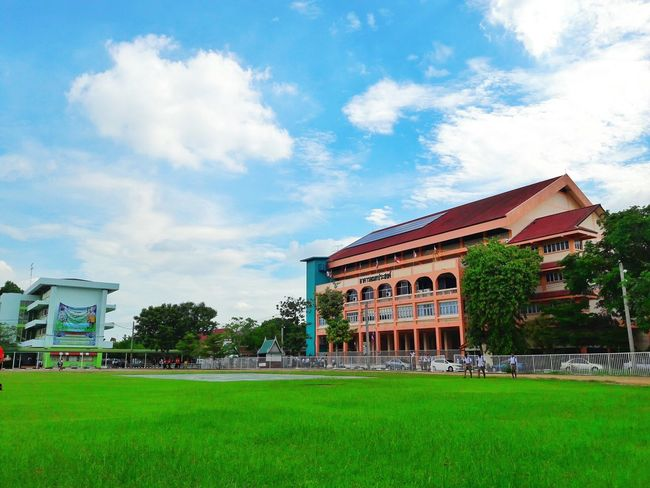 School School Learn Sky Blue Blue Sky Thailand Green Zzz Coulds And Sky