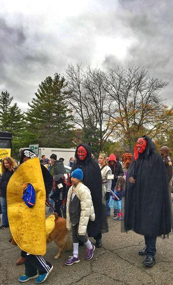 Cloud - Sky Sky Tree Day Full Length Men Outdoors Real People Lifestyles Adult People Halloween