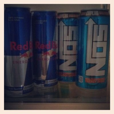 Joey's Nos and my Redbulls for the night Hellya