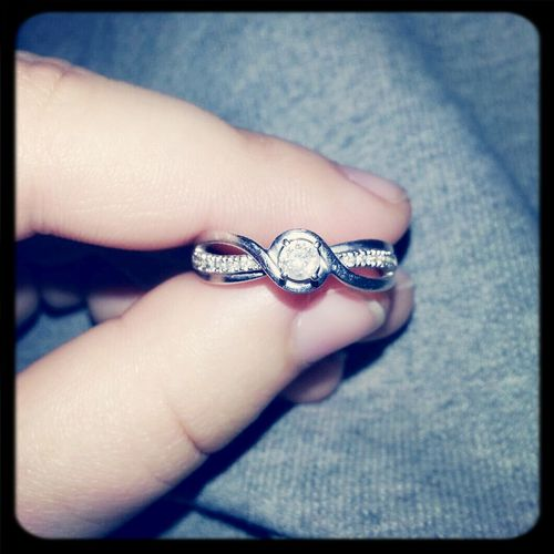 Engagement Ring So Pretty<3 ♡ Perfection ♡ :)