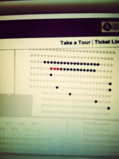 Little Red Dots Are My Blake Shelton Tickets<3