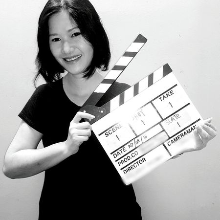 Movie project on weekend 😍❤💙💜🎬🎥🎭 First Eyeem Photo EyeEm EyeEm Gallery Movieproject Film Maker Film Making Film Community Film Production Newbies! Casts Castscreen Art Worker Portrait Portrait Of A Woman Female Community Asian  Art Enthusiast Black And White Photography The Color Of Business