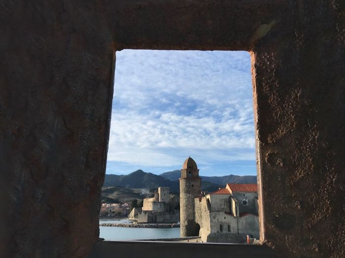 Collioure Landscape_photography Village Historique Historical Monuments Bleu Sky With White Clouds Couleurs Naturelles EyeEm Best Shots - Landscape EyeEm Best Shots - Nature EyeEm Nature Lover ForTheLoveOfPhotography EyeEm Gallery Architecture Built Structure Building Exterior Sky Building Nature History No People City Day Window The Past Cloud - Sky Water Travel Outdoors Old Cityscape Sunlight Travel Destinations