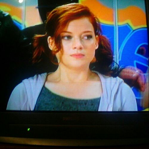 This show is hilarious. #lol #funny #Suburgatory #show #ABC #ComedyWednesday #hilarious #odd #television Comedywednesday LOL Odd Funny ABC Show Television Hilarious Suburgatory