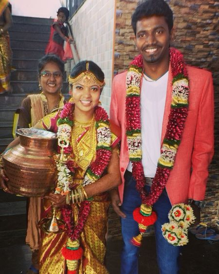 Indian married couple Portrait City Young Women Smiling Sari Looking At Camera Men Happiness Multi Colored Business Friend