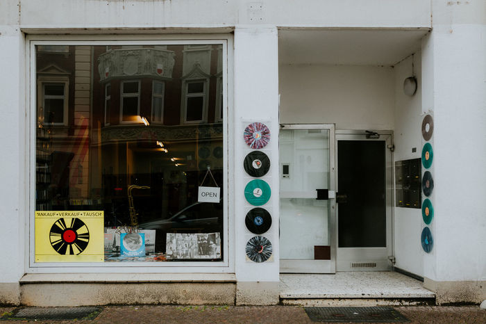 Music Schallplattenspieler Vinyl Vinyls Architecture Building Exterior Built Structure Communication Day Door Laden Longplayer Music Store No People Outdoors Schallplatte Schallplattenladen Store Store Window Storefront Vinyl Records Window