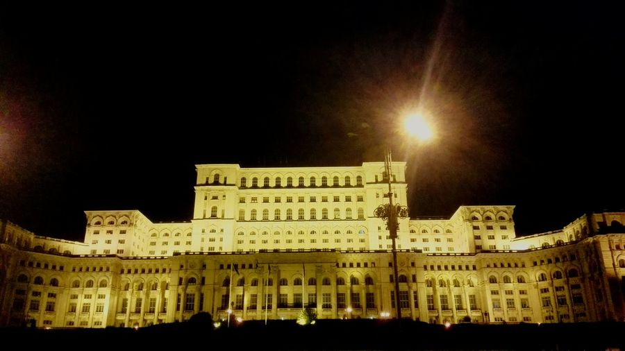 Cityscapes Bucharest Nightphotography Taking Photos Hanging Out Hello World