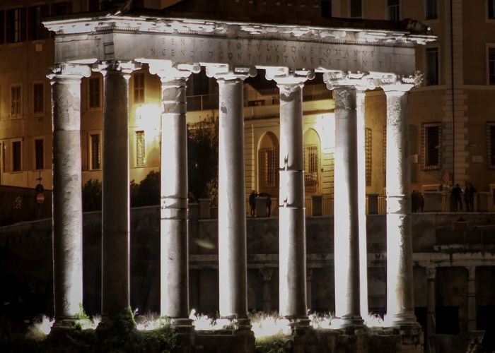 Rom Roma Rome Travel Photography Travelling Ancient Ancient Civilization Archaeology Architectural Column Architecture Building Exterior Built Structure City Citytrip Colonnade History Nature Night No People Old Ruin Photography Photographylovers The Past Tourism Travel Destinations