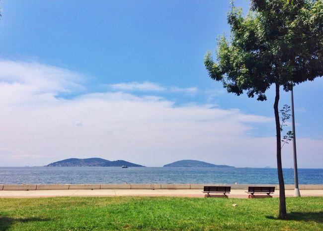 Ada Bostancı Istanbul Deniz adalar kavuşur mu dersin bir gün?