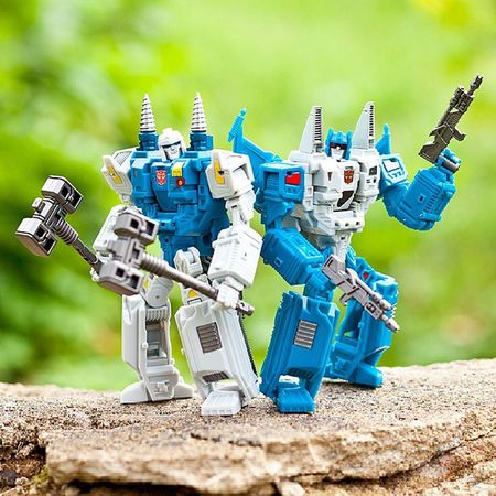 Topspin & TwinTwist TwinTwist Topspin Wrecker Transformers Transformerstoys Actionfigures Actionfigurecollections Toys Toy Toystagram Toycollector Toycommunity Toyphotography Cybertron MoreThanMeetsTheEye Robotsindisguise Robots Toycollectors Plastic_crack_addicts