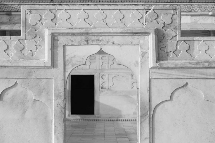 Architecture Built Structure Pattern Building Exterior No People Day Outdoors Place Of Worship India Agra Fort Blackandwhite Black And White Schwarzweiß