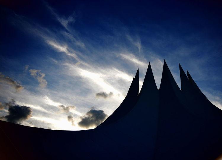 The Architect - 2017 EyeEm Awards Tempodrom Berlin Silhouette Architecture Cloud - Sky No People Outdoors Built Structure Berlinstagram Berlin Architekturfotografie Berlin Photography Rooftop Roof Zeltdach Tent EyeEm Selects Discover Berlin
