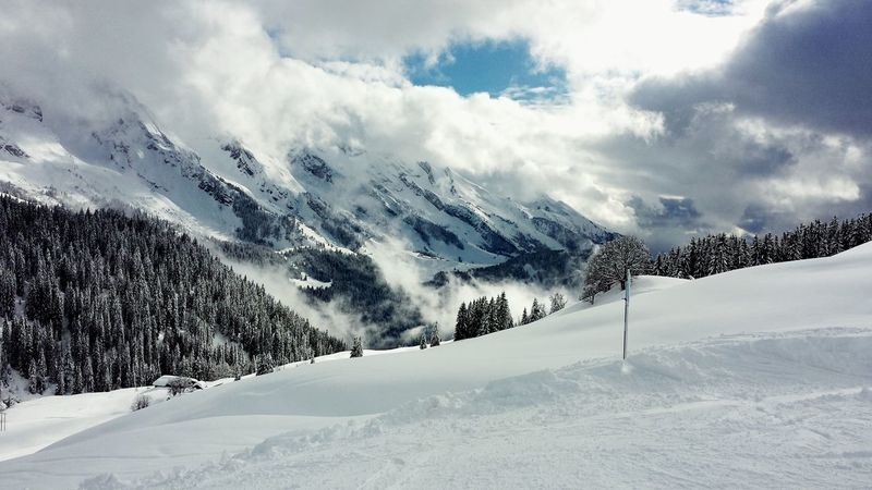 Le Grand Bornand French Alpes Landscape Ski Snow Cloudy Sky