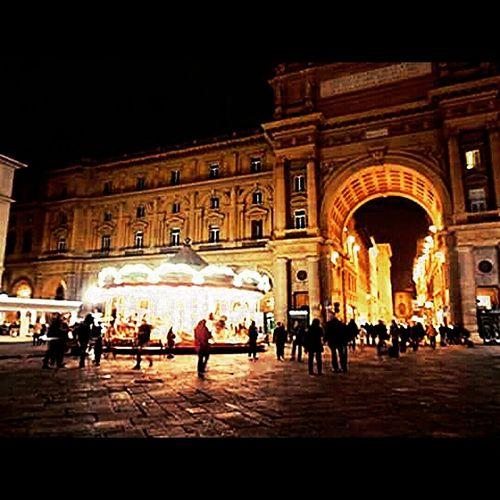 Bright Lights Firenze Reminiscences Italy Holidays Buildings Architecture Memories ❤ Journeyphotography Walkingaround Cityworldwide Citylights