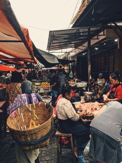 The Mission Pasar Dagangan Architecture Built Structure Building Exterior Market Retail  Group Of People Day Business Incidental People Market Stall Variation Outdoors Adult Building Women Nature For Sale Men City Choice Focus On The Story