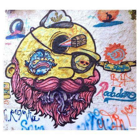 Que viva el color en las calles🌴 Santa Marta, Colombia Rodadero Playa Beachphotography Graffiti Color