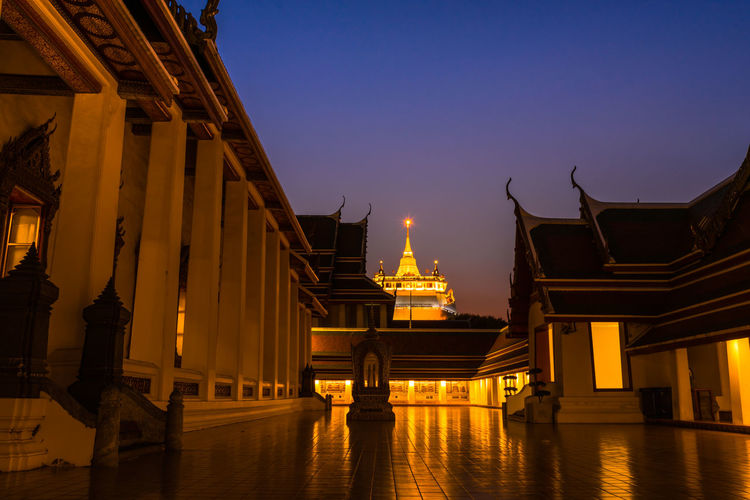 golden mountain in the temple Bangkok Thailand City Cityscape Gold Place Of Worship Religion Business Finance And Industry History Palace Royalty Pavilion Pagoda Stupa