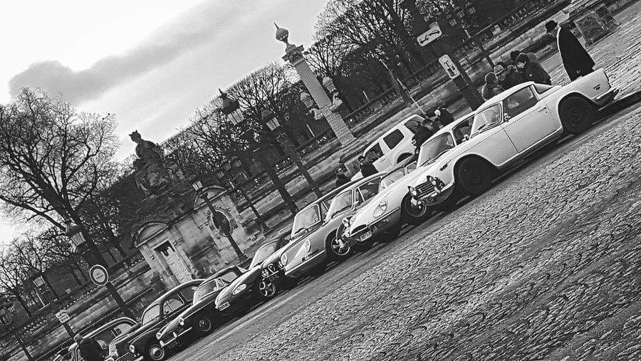 Cars Voiture Retro Voiture Ancienne Paris, France  Noir Et Blanc Photographie