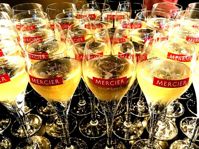 Wine Moments Champagne Epernay France Glasses Champagne Glasses Champagne Flute Red Bubbles