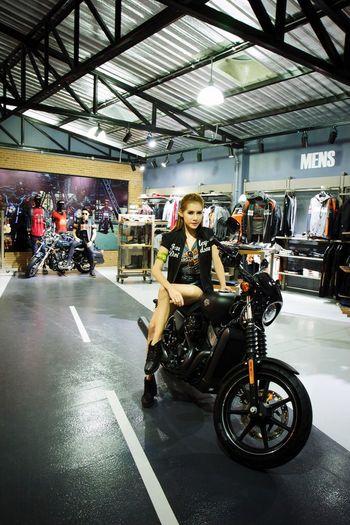 Super Model Motorcycles Motor Show Portrait Haley Davidson Eyemphotography