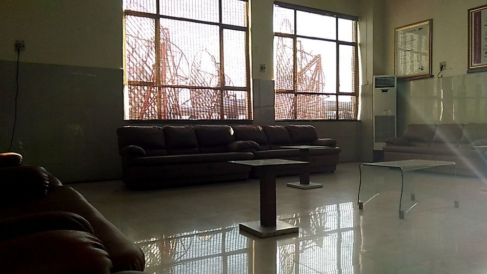 Window Indoors  Home Interior No People Reflection Relaxing Time Sunbeam Malephotographerofthemonth IMography EyeEm Incredible India EyeEm Gallery EyeEm Best Shots Eyeem Market Mobliephotography Something I Like Always Find A Reason To Smile With Love From India💚 truly...urs... Nitin